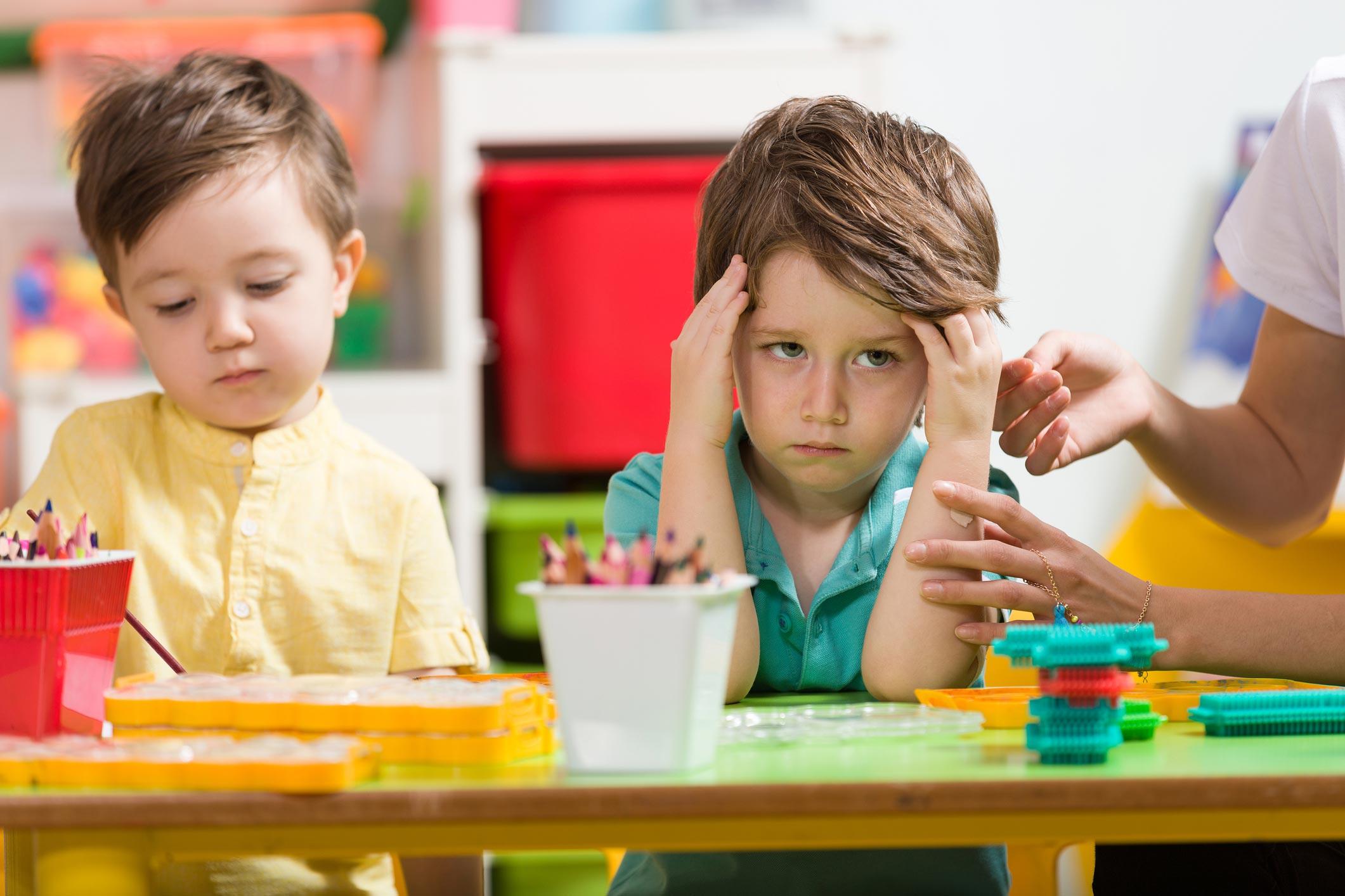 Nuestros niños y niñas pueden desmotivarse por variadas razones. Es importante mantener una comunicación fluida tanto con ellos como con sus familias.