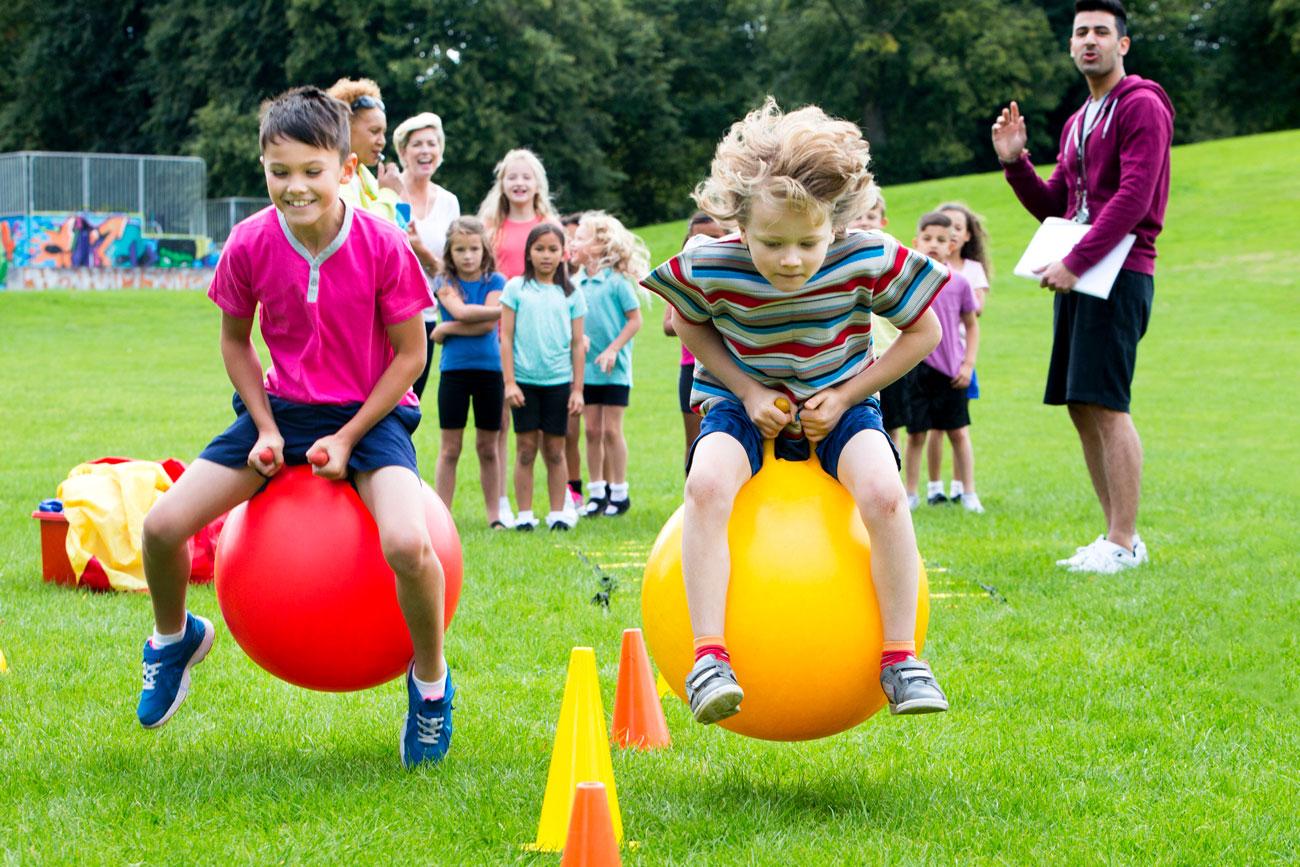 Para ver cómo evolucionan en el uso de las competencias clave, podemos hacer actividades divertidas en el entorno en el que se encuentran.