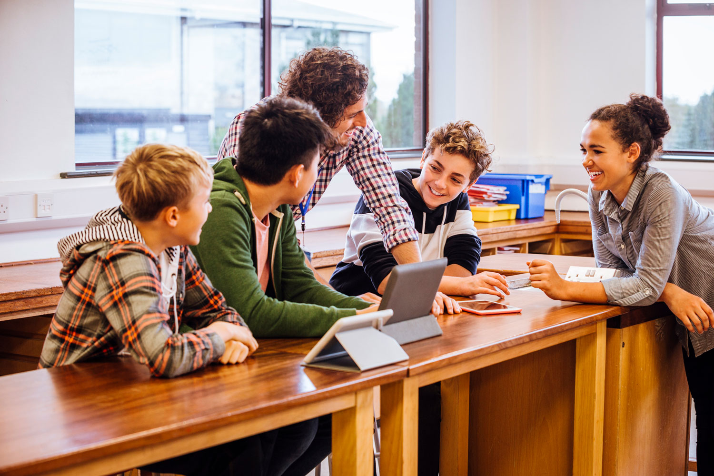 El ABP puede ser una gran innovación en el aula. Potencia el uso de competencias, promueve el trabajo en equipo y la colaboración hacia objetivos en común.