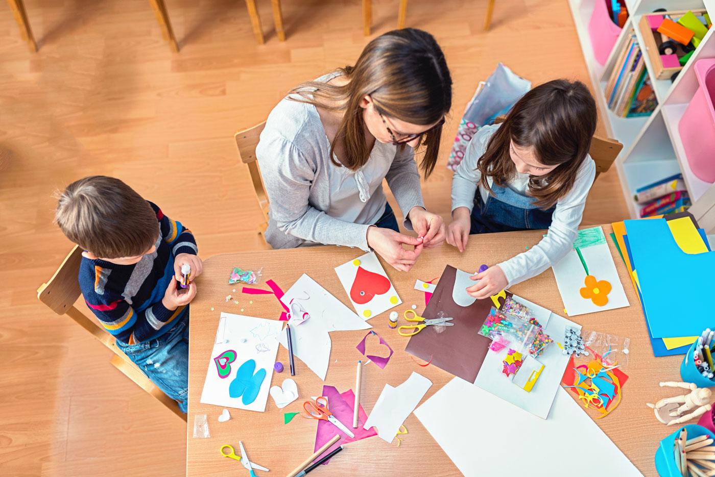 Los proyectos o actividades que propongas pueden ser de forma individual, en grupo y pueden tener tu ayuda, tanto como observador como aconsejando.