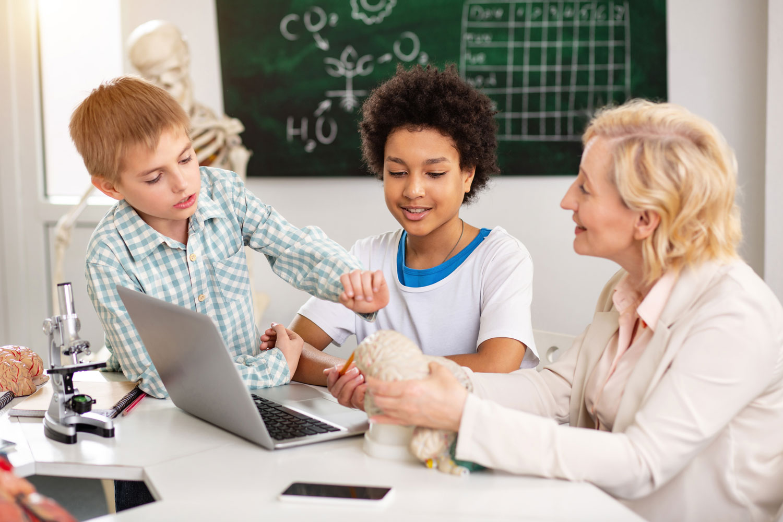 Verás como todo tu alumnado te hará preguntas sobre aspectos que han ido descubriendo y completarás su aprendizaje.